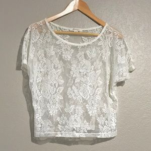 Lace|net top